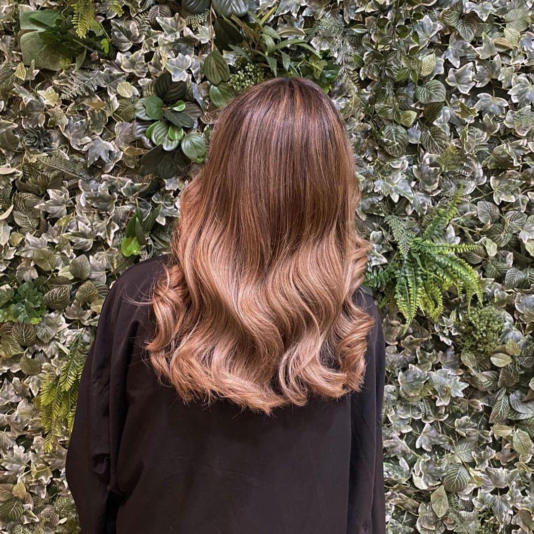 colour melt hair colour at mojo hair salon in Chorley