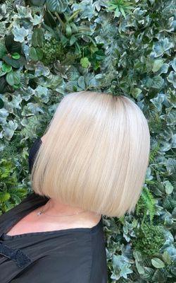 PLATINUM BLONDE HAIR COLOUR SPECILAISTS IN CHORLEY